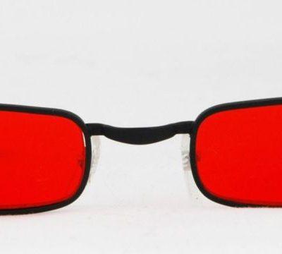 Glasses vampire